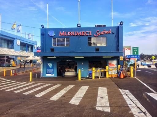Sydney fish market pyrmont, fresh seafood sydney, best seafood in sydney